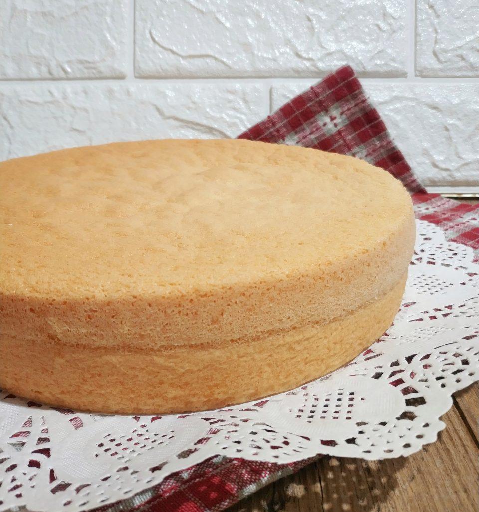 Ricetta Pan Di Spagna Veloce E Facile.Torta Pan Di Spagna Soffice E Senza Lievito Lisa In Cucina