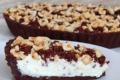 Sbriciolata al cioccolato con crema alla ricotta e panna